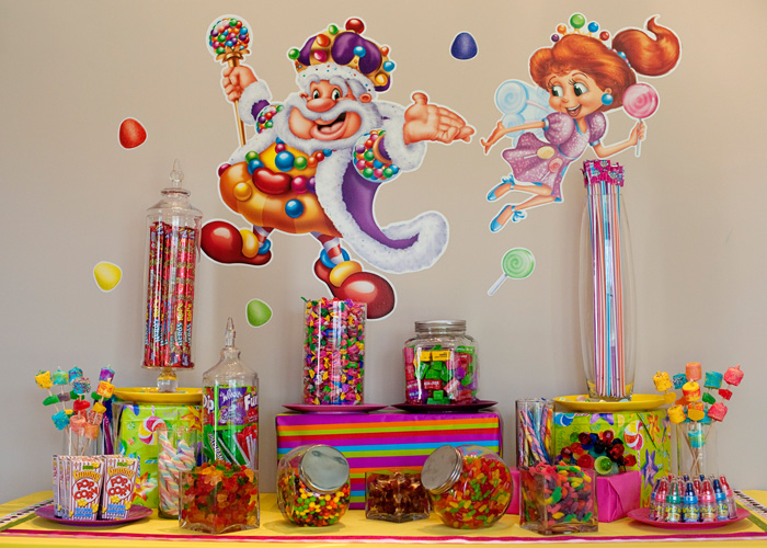 Candy land birthday events luxe - Candyland party table decorations ...